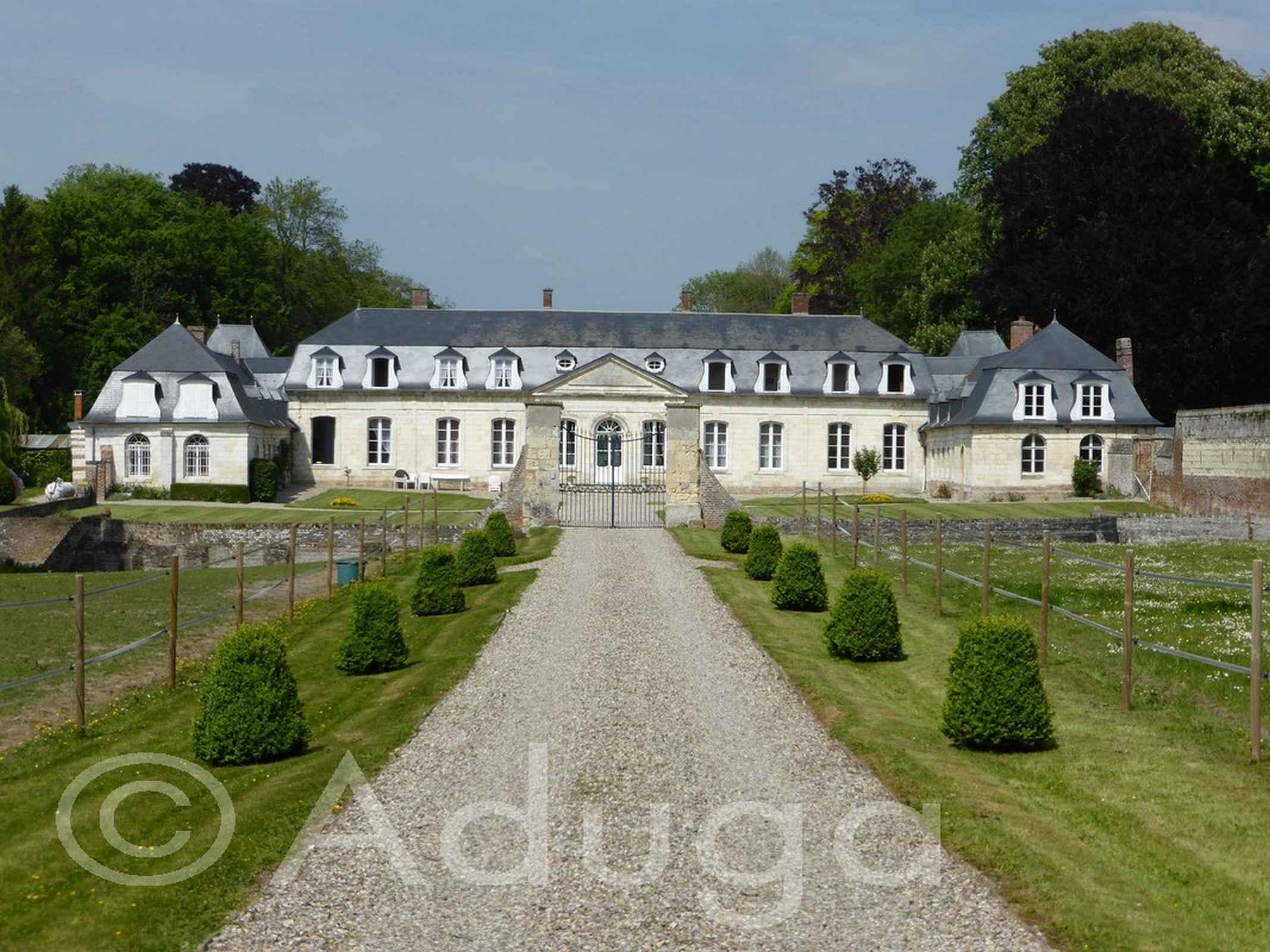 Photo de la semaine. Château de Boufflers, Remiencourt, CA Amiens Métropole